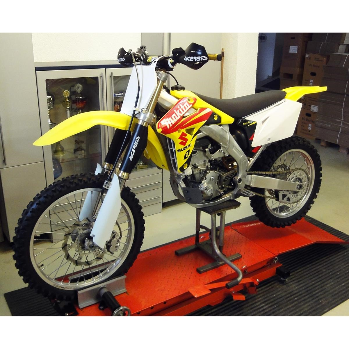 suzuki motorrad rmz 450 k7 gebraucht modell 2007 maciag offroad. Black Bedroom Furniture Sets. Home Design Ideas